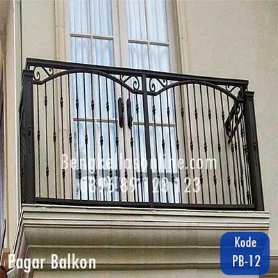 pagar balkon