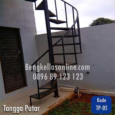 tangga putar